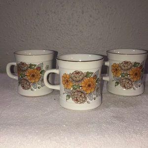 Carico Set of 3 mugs